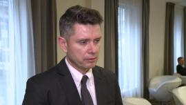 Coraz więcej Polaków choruje na nowotwory skóry. Pacjenci z zaawansowanym czerniakiem i rakiem podstawnokomórkowym wciąż czekają na skuteczne terapie