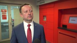 Poczta Polska z tradycyjnego operatora pocztowego przestawia się na obsługę e-handlu. Za 5 lat usługi paczkowe i kurierskie mają stanowić dużą część jej przychodów News powiązane z infrastruktura