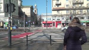 Przejścia dla pieszych z detekcją ruchu w Warszawie. [przebitki]