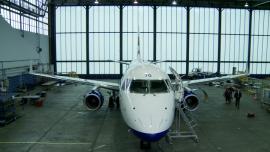 LOT AMS, obsługa techniczna samolotów [zdjęcia wideo]