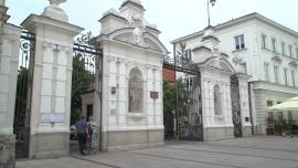 Uniwersytet Warszawski, Kampus Główny na Krakowskim Przedmieściu - lipiec [przebitki]