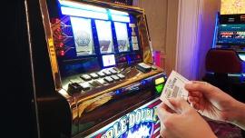 W Polsce legalnie działające firmy hazardowe płacą jedne z najwyższych podatków w UE. Efektem jest wzrost szarej strefy [DEPESZA]