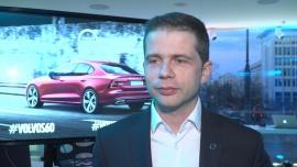 Volvo stawia na hybrydy i najwyższe technologie. Nowy model S60 wyposażono w system umożliwiający komunikację między samochodami News powiązane z technologie w motoryzacji