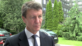 Oddalenie ryzyka unijnych sankcji wstrzymało prace nad ustawą