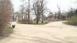 Warszawa - park, plac zabaw, epidemia koronawirusa [przebitki]