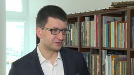 Instytut Jagielloński: Należy zrezygnować z rządowych podręczników. Książki powinny być wybierane przez nauczycieli, a państwo powinno dofinansować ich zakup