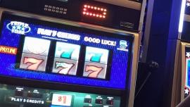 Polacy wydają coraz więcej na nielegalny hazard w sieci. Połowa graczy nie ma świadomości, że łamie w ten sposób prawo [DEPESZA]