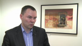 Polacy coraz więcej dopłacają do leków refundowanych