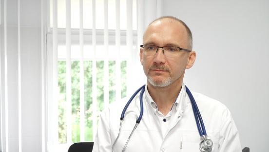 Polska w ogonie Europy pod względem leczenia alergii – z 12 mln osób chorych odczula się tylko 20 proc. Brak leczenia zwiększa ryzyko zachorowania na COVID-19