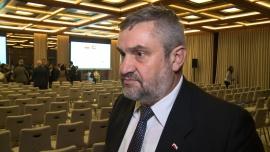 Minister rolnictwa: Rośnie eksport polskiej żywności do Zjednoczonych Emiratów Arabskich. Zapotrzebowanie jest na mięso halal, produkty mleczne czy słodycze News powiązane z eksport mięsa halal