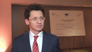 Prawie 8,5 mld zł na gwarancje kredytowe dla polskich przedsiębiorstw. Z programu można skorzystać jeszcze przez półtora roku Wszystkie newsy