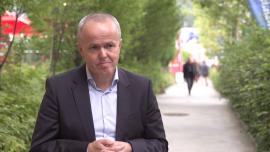 Transformacja energetyczna w Polsce może pochłonąć aż 1,6 bln zł. Rząd może jednak wykorzystać w tym procesie zasoby sektora prywatnego Strona główna
