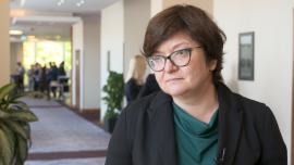 Spada zaufanie Polaków do państwa. Zbudowanie wiarygodności wymaga jasnej komunikacji ze społeczeństwem