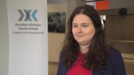 Hostessing w Polsce pełen nadużyć ze strony klientów i pracodawców. Pierwszy raport dotyczący tej branży wskazuje patologie rynku News powiązane z hostessa