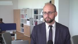 30 proc. Polaków korzysta dziś z płatności online częściej niż przed pandemią. Jednak gotówki w obiegu przybyło więcej niż kiedykolwiek News powiązane z obieg gotówki
