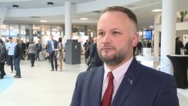 Rosną bezpośrednie zagraniczne inwestycje w Polsce. Istotny wpływ na gospodarkę i społeczeństwo mają firmy farmaceutyczne News powiązane z Servier