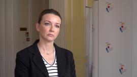 O kilkadziesiąt procent wzrosła liczba aktów zgonu wydawanych przez Urząd Stanu Cywilnego w Warszawie. To powoduje kilkudniowe opóźnienia