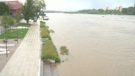 Wisła - fala powodziowa [przebitki]