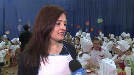 """Polscy uczniowie chcą trafić do Księgi Rekordów Guinnessa dzięki akcji """"Śniadanie daje moc"""". Poprzedni rekord padł w Chinach"""