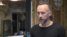 """Adam """"Nergal"""" Darski namawia do zapuszczania wąsów w stylu filmowych bohaterów"""