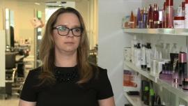 Zawód fryzjera wciąż chętnie wybierany przez młodych ludzi. To coraz bardziej wymagająca branża News powiązane z inicjatywy społeczne
