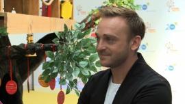 Mateusz Gessler gospodarzem nowego programu stacji TVN. W Drzewie marzeń będzie pomagał dzieciom spełnić marzenia bliskich im osób