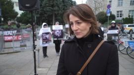 Maja Ostaszewska: Karpie są rybami mocno rozwiniętymi. Kupowanie ich żywych i trzymanie w wannach jest obrzydliwe
