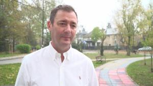 Jacek Rozenek: Moja wiedza o udarze mózgu kiedyś była znikoma. Znajomość objawów tej choroby może uratować życie
