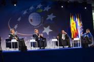 http://www.forum-ekonomiczne.pl/newseria-na-xxviii-forum-ekonomicznym-w-krynicy/