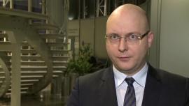 J. Kosaty (PKO BP): W perspektywie kilku miesięcy rosyjska waluta może się ustabilizować na poziomie 60 rubli za dolara. Powrót do poziomów sprzed wojny jest nierealny