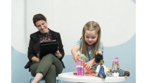 Odkrywanie korzyści płynących z zabawy lalkami w kontekście neurobiologii