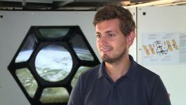 Zrobotyzowane teleskopy nie są w stanie wykryć wszystkich zagrożeń na niebie. Raz na tydzień obok Ziemi przelatuje potencjalnie niebezpieczny obiekt