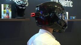 Inteligentne światła mogą zmniejszyć śmiertelność wypadków z udziałem rowerzystów. Zasygnalizują manewry i poinformują rodzinę o incydencie na drodze