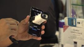 Urządzenie w formie przystawki do smartfona pozwoli samodzielnie zbadać wzrok. To szansa na lepszą diagnostykę chorób oczu m.in. u osób starszych