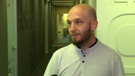Uczniowie z Polski opracowują aplikację inteligentnego domu dla niepełnosprawnych. Za pomocą komend głosowych otworzy drzwi, a nawet zamówi jedzenie