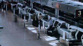 Lotniska stają się coraz bardziej inteligentne. Dzięki biometrycznej kontroli bezpieczeństwa można skrócić odprawę do kilkunastu sekund