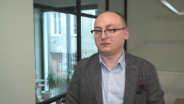 Polacy wolą płatności mobilne. Chętnie też korzystają z innowacyjnych rozwiązań w bankowości i e-handlu