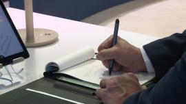 Hybrydowy notatnik automatycznie utworzy cyfrową kopię odręcznych notatek do późniejszej edycji. To może być rewolucja dla studentów i przedsiębiorców