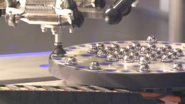 Pandemia przyspiesza robotyzację polskich firm. Ludzie są coraz częściej zastępowani przez maszyny [AUDIO] News powiązane z robotyzacja