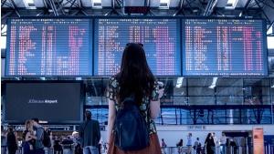 Kiedy Polacy powinni rezerwować loty, aby uzyskać najlepszą ofertę Biuro prasowe