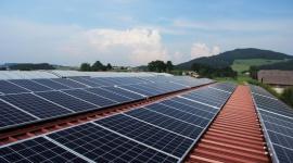 Ekonomiczne korzyści z fotowoltaiki. Jak zainwestować w ekologiczną energię? Biuro prasowe
