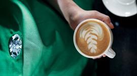 Starbucks obchodzi Dzień Kawy, przypominając o zasadach zrównoważonego rozwoju