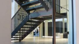 NSG Group z konkurencyjną gwarancją na transparentność szkła ognioochronnego