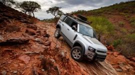 Powrót kultowej terenówki. Nowy Land Rover Defender wraca na oponach Goodyear