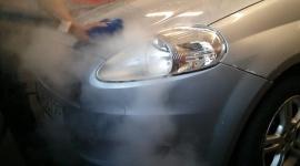 Ile wody potrzeba do umycia auta? Biuro prasowe