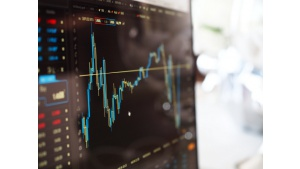 Gorący maj… jedynie na rynkach finansowych