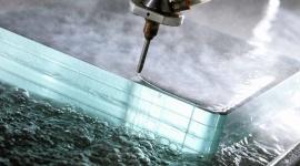 Strumieniowe cięcia wodą przy użyciu ścierniwa – Waterjet Intermac Primus
