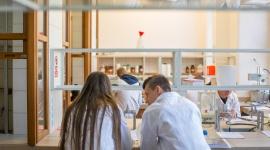 Otwarte warsztaty dla uczniów z nauk ścisłych i przyrodniczych – ruszyły zapisy