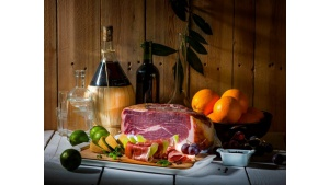 Dlaczego włoska szynka smakuje inaczej we Włoszech niż w Polsce? Biuro prasowe