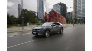 Elektryczna Mazda MX-30 rusza w trasę po Polsce w ramach Mazda Experience Days Biuro prasowe